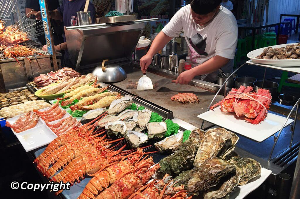 Discovering 7 Best Seafood Restaurants In Da Nang